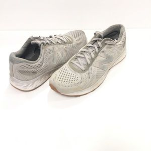 New Balance Fresh Foam Arishi Grey Running Size 9